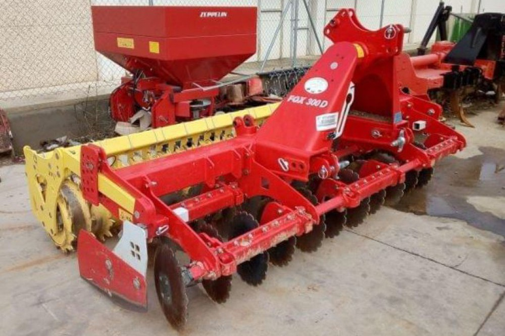 Preparador Pottinger FOX 300D 3 metros Pöttinger