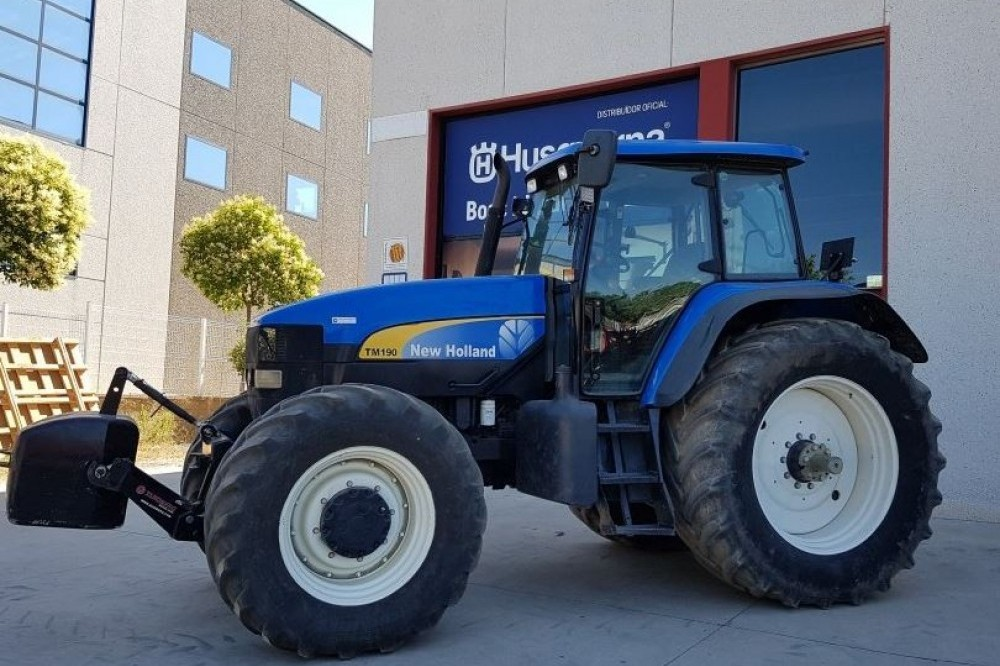 New Holland TM190 New holland