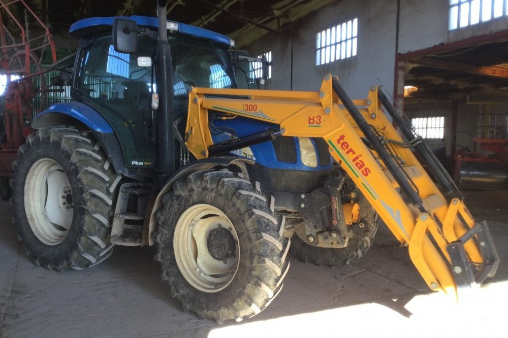 New Holland TS100A New holland