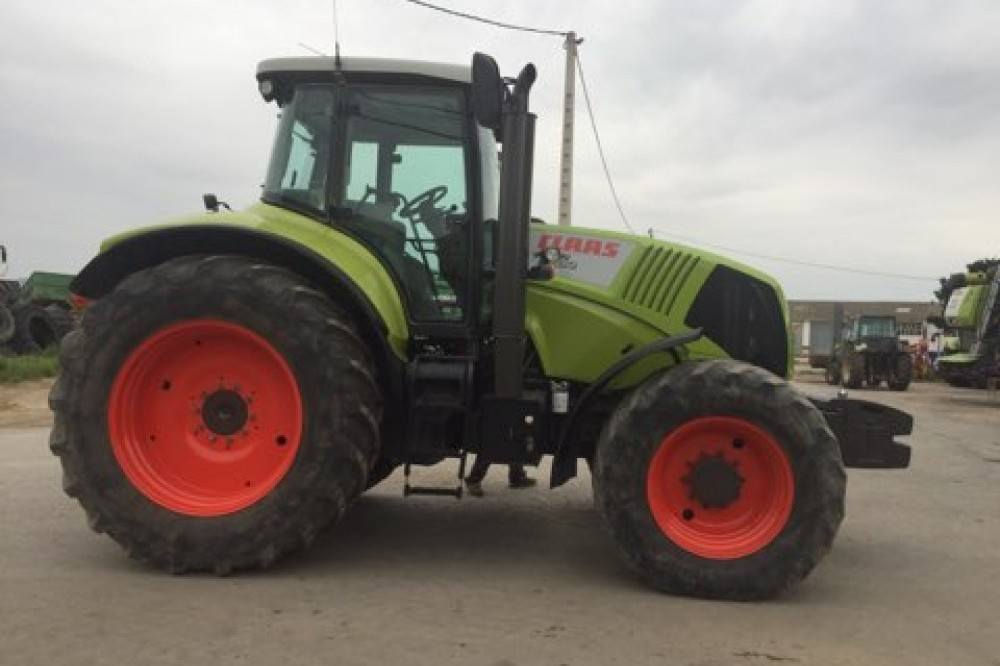 Tractor Claas Axion 830 Cebis