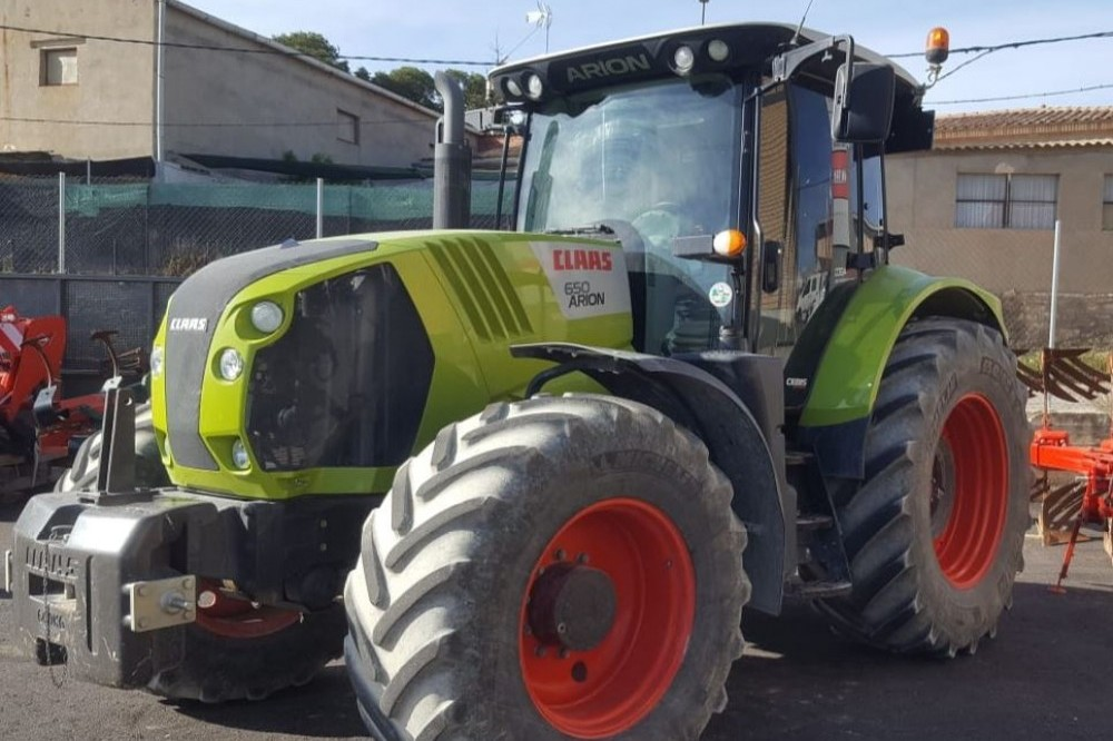 Claas Arion 650 Claas