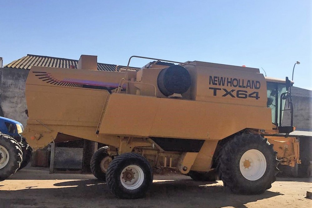 Cosechadora New Holland TX64 Plus