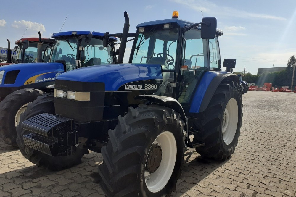 Tractor New Holland 8360 New holland