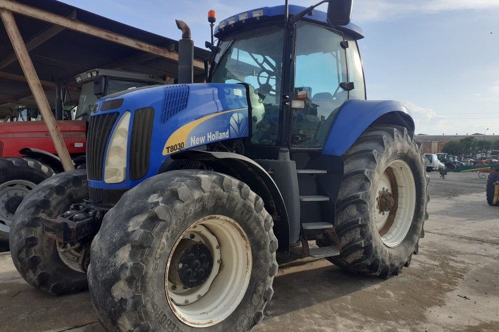 New Holland T8030 New holland