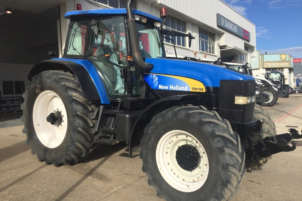 Tractor Convencional New Holland TM 190 New holland