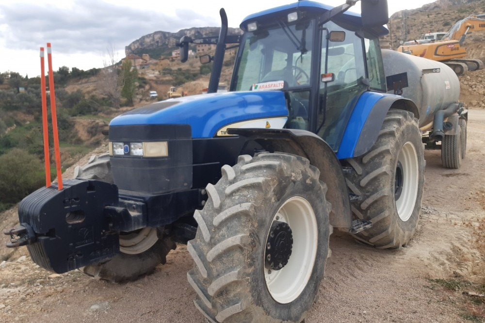Tractor New Holland TM140 New holland