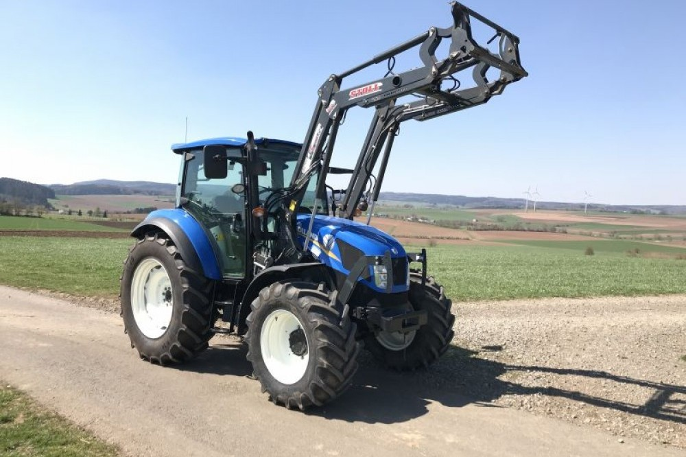 New Holland T4.75  New holland