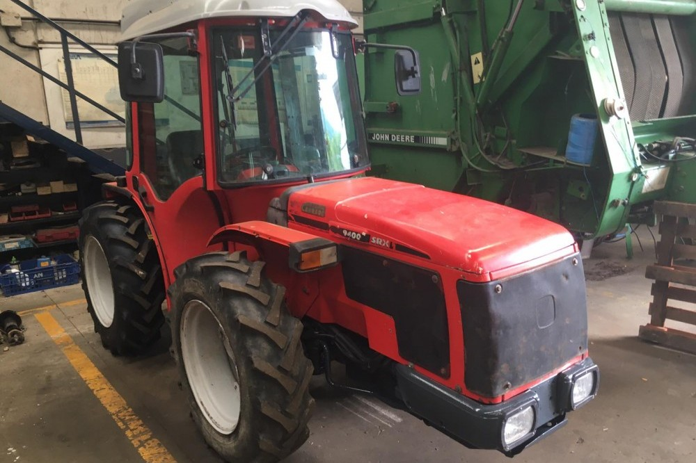TRACTOR CARRARO reversible 9400 srx Carraro