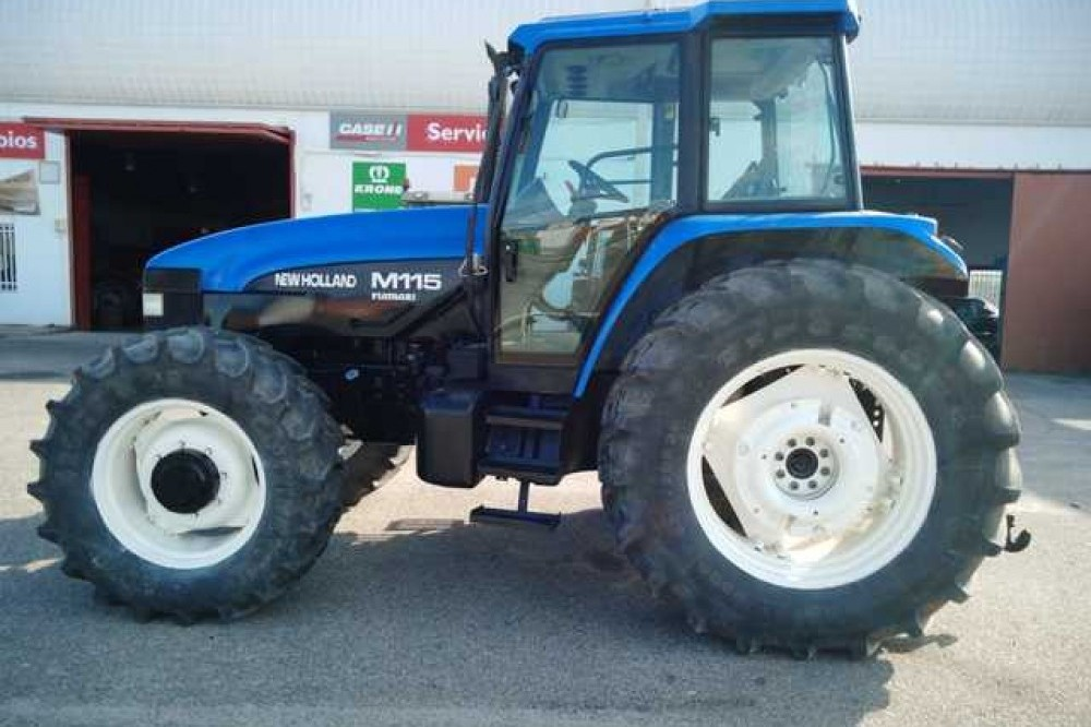 New Holland M115