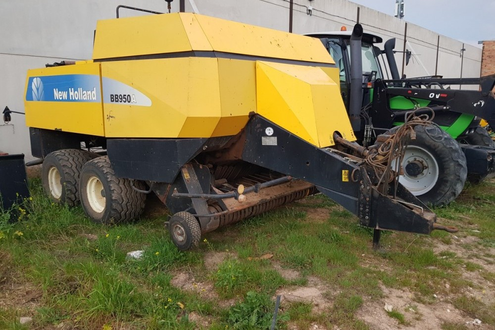 New Holland BB950A New holland
