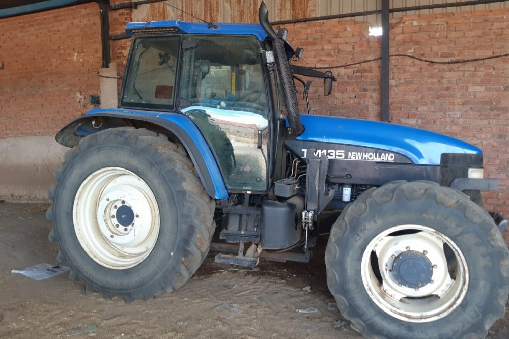 New Holland TM135 New holland