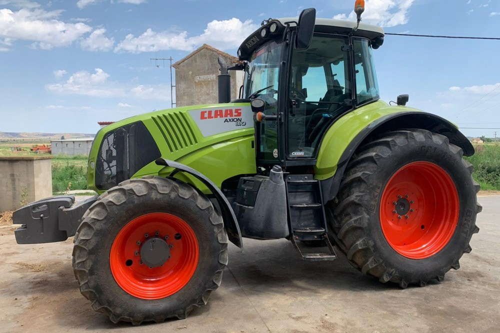 TRACTOR USADO CLAAS AXION 810