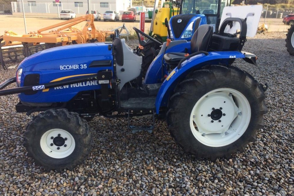 New Holland Boomer 35 New holland