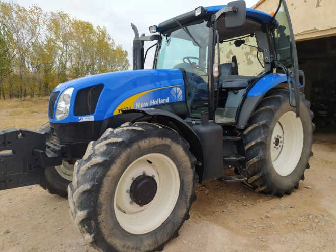 TRACTOR NEW HOLLAND T6030 New holland