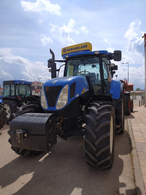 Tractor NEW HOLLAND T7030 New holland