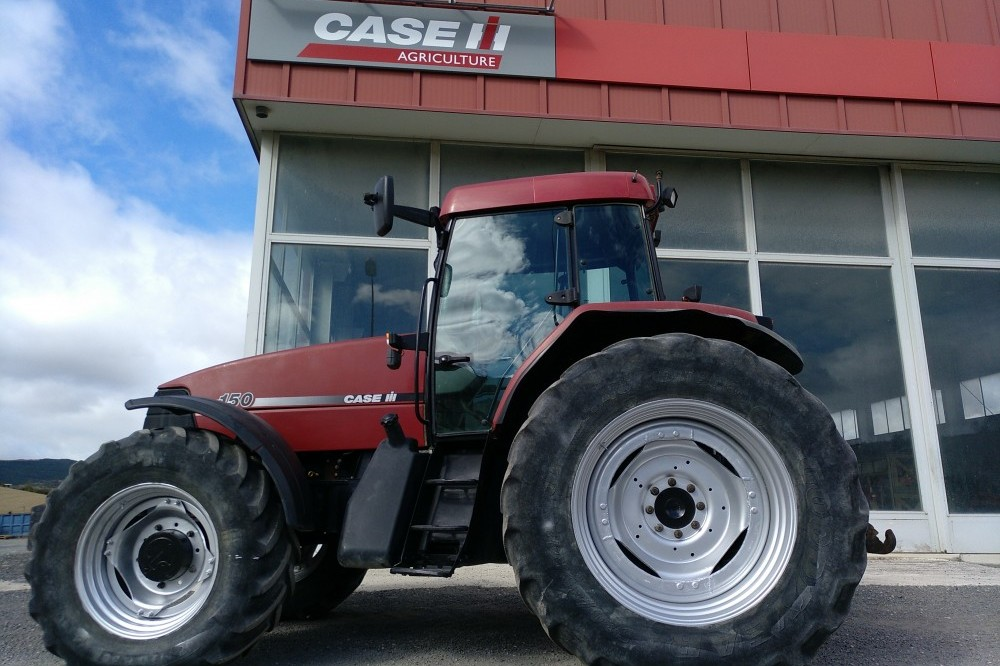 Tractor Case IH MX150