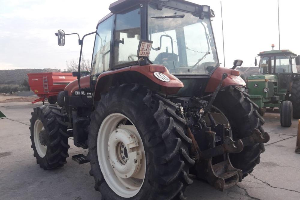 Venta de New Holland M100 usado en Zaragoza. :: Agronomis ...