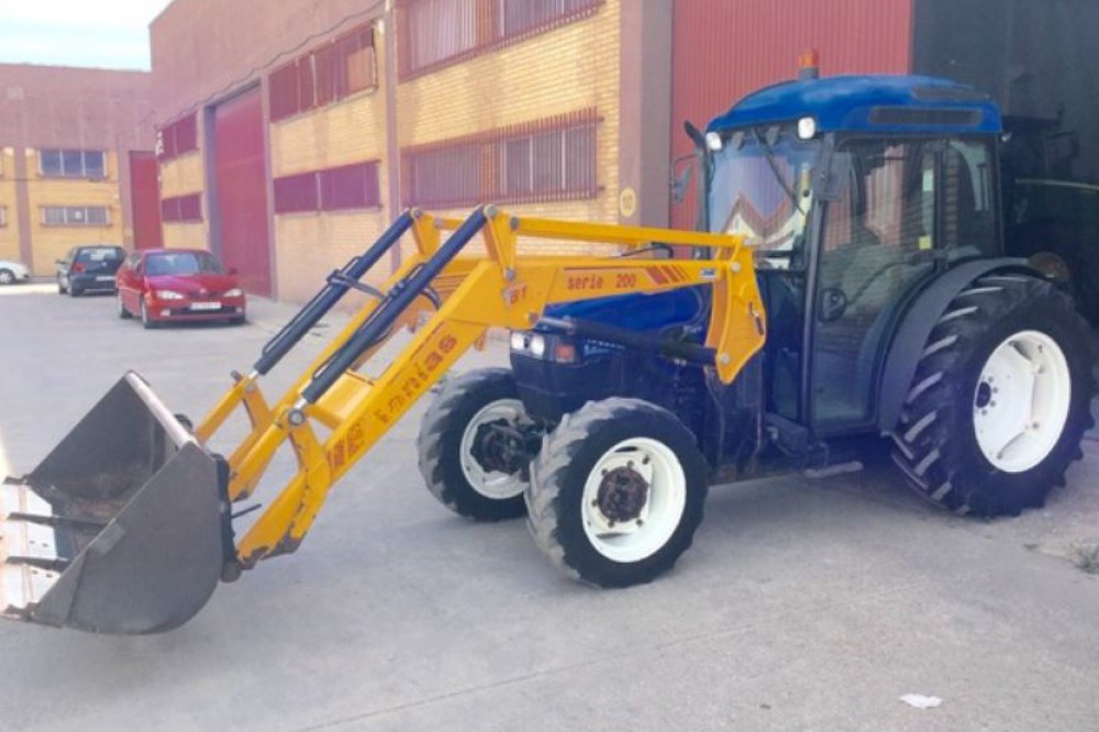 New Holland TN80F 4WD New holland