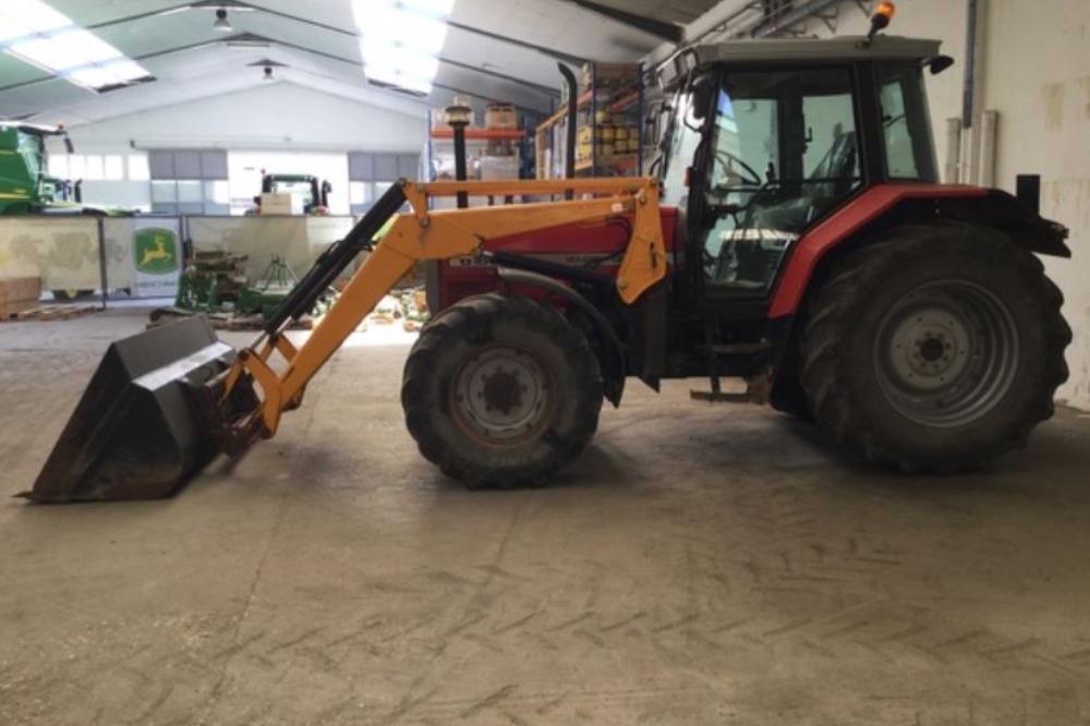 Venta de Massey Ferguson 6160 usado en Huesca  :: Agronomis, compra